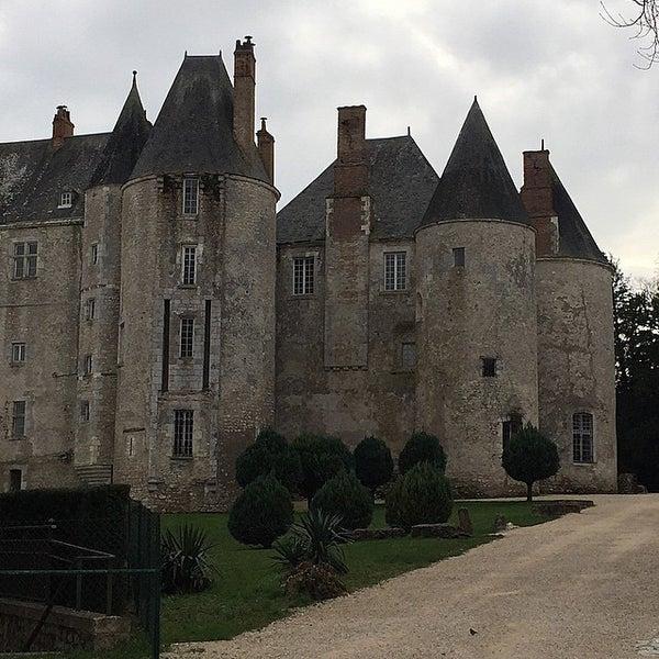 Foto diambil di Château de Meung-sur-Loire oleh Irina G. pada 12/29/2014