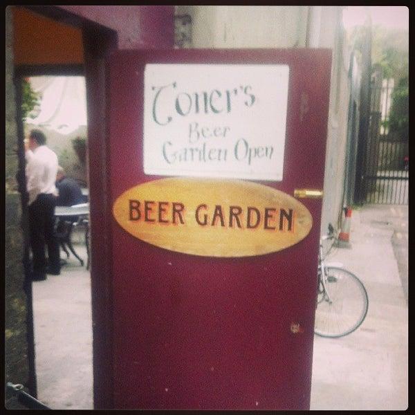 รูปภาพถ่ายที่ Toners Pub โดย Chad O. เมื่อ 8/8/2013