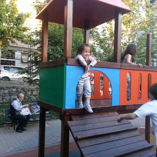 Photos at Serdar Ortaç Parkı - Park in İstanbul
