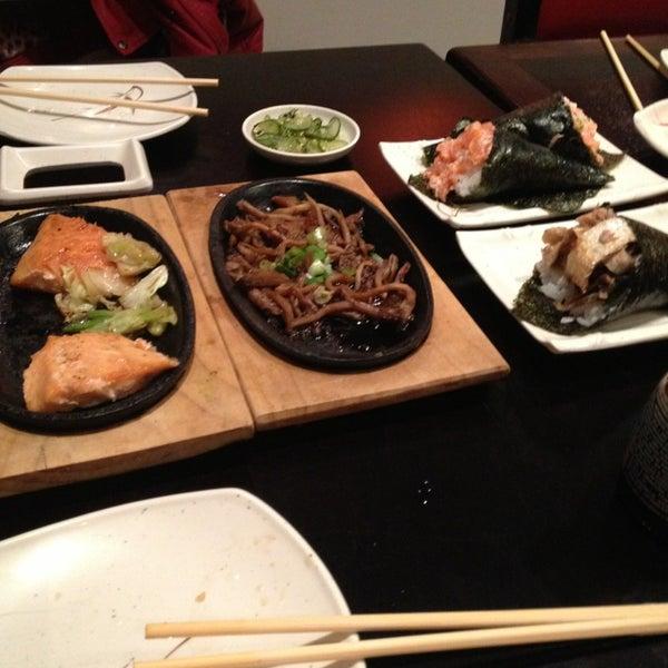 Foto tirada no(a) Kodai Sushi por Diego C. em 1/12/2013