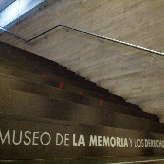 10/14/2012にCamilo S.がMuseo de la Memoria y los Derechos Humanosで撮った写真