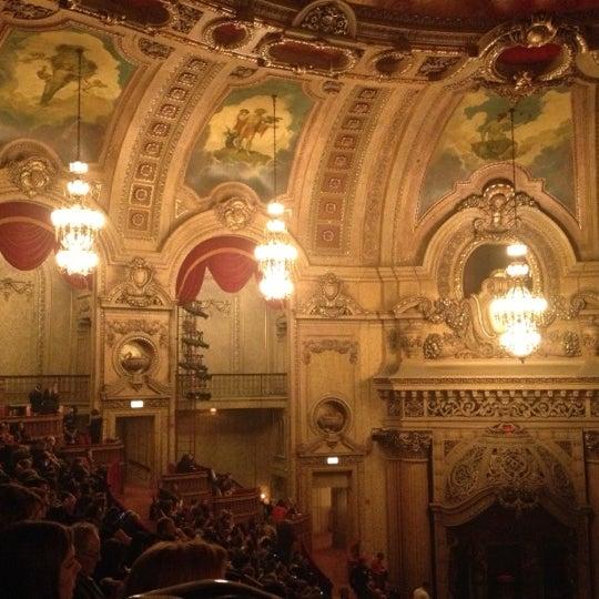 10/18/2012에 Masayo K.님이 The Chicago Theatre에서 찍은 사진
