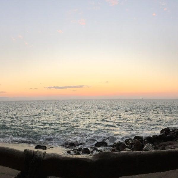 Foto tomada en Sunset Plaza Beach Resort & Spa por Chris M. el 2/29/2016