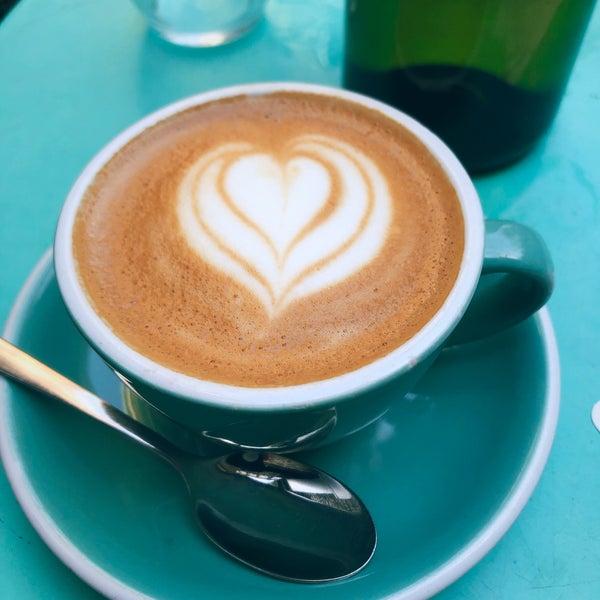 Foto diambil di Brickwood Coffee & Bread oleh Thom S. pada 12/29/2019
