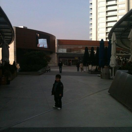 Das Foto wurde bei Tepe Prime Avenue von ASLI Y. am 11/18/2012 aufgenommen