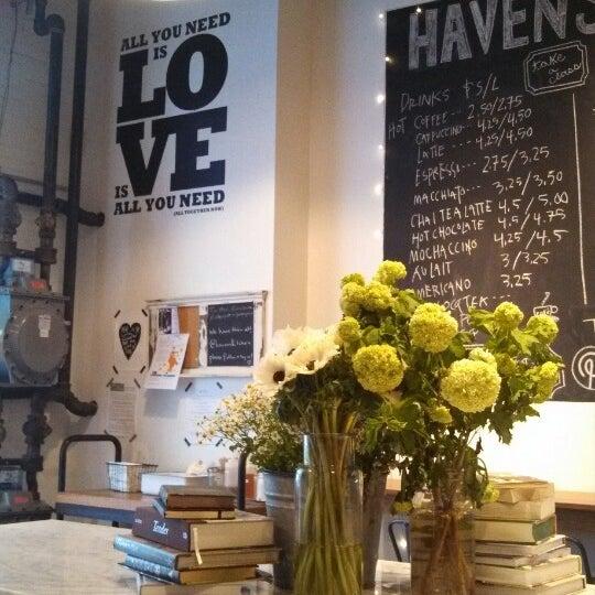 Photo prise au Haven's Kitchen par Melissa R. le10/18/2013