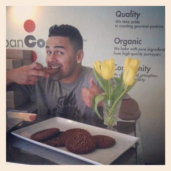 Снимок сделан в Urban Cookies Bakeshop пользователем Shaun B. 10/5/2012
