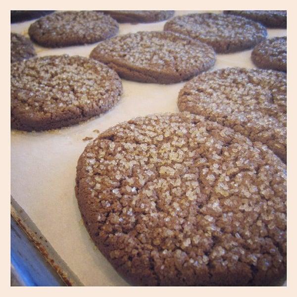 Снимок сделан в Urban Cookies Bakeshop пользователем Shaun B. 11/5/2012