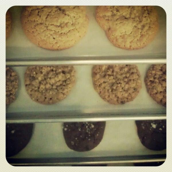 Снимок сделан в Urban Cookies Bakeshop пользователем Shaun B. 9/17/2012