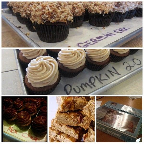 Снимок сделан в Urban Cookies Bakeshop пользователем Shaun B. 10/18/2012