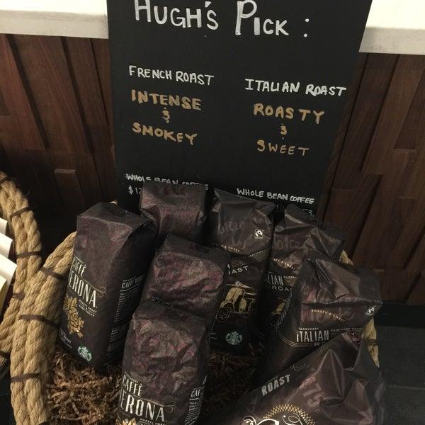 Foto scattata a Starbucks da Kathie H. il 1/7/2018