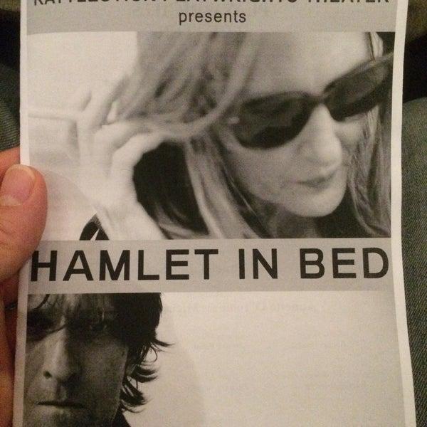 10/25/2015にPat D.がRattlestick Playwrights Theaterで撮った写真