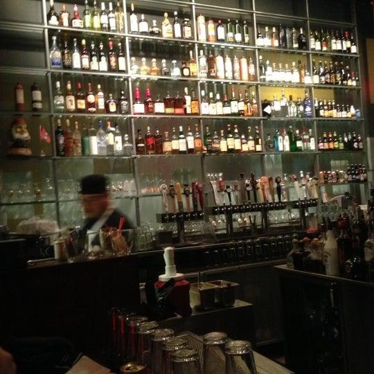 Foto diambil di Amsterdam Bar & Hall oleh Tony B. pada 12/7/2012