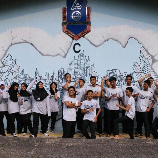 Foto Di Sekolah Menengah Teknik Johor Bahru Johor Bahru Johor