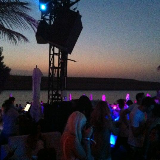 Foto tirada no(a) Blue Marlin Ibiza por Wendy S. em 9/28/2012