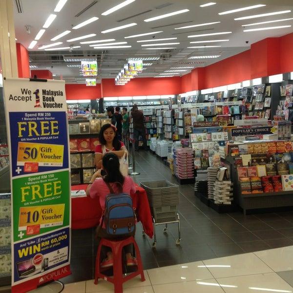 Photos At Popular Bookstore Bookstore In Taman Danau Kota