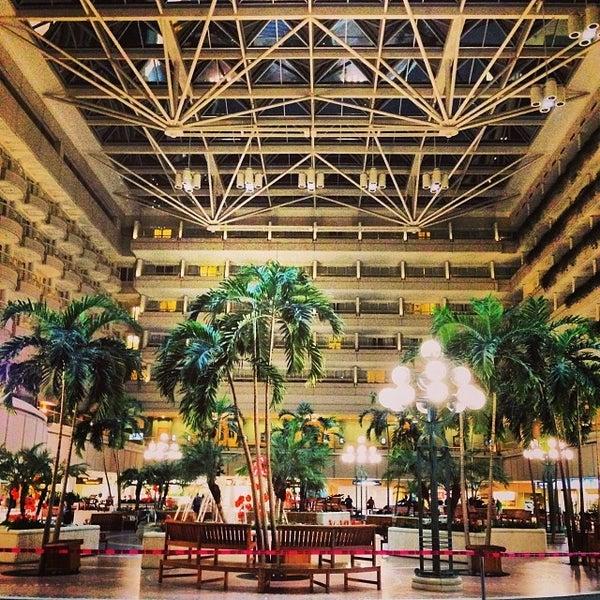 Foto tirada no(a) Aeroporto Internacional de Orlando (MCO) por Ilia B. em 11/19/2013