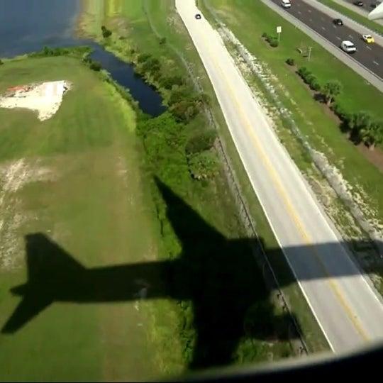 Das Foto wurde bei Flughafen Orlando (MCO) von Gokhan M. am 10/23/2013 aufgenommen