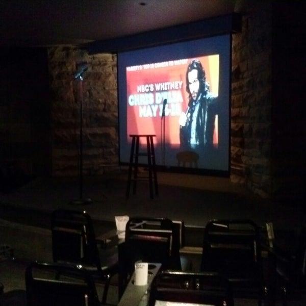 3/15/2013 tarihinde Geoff S.ziyaretçi tarafından Comedy Works Downtown in Larimer Square'de çekilen fotoğraf