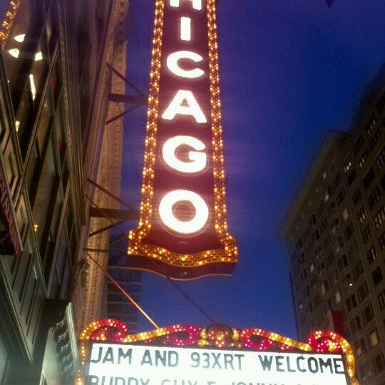 9/16/2012에 oma t.님이 The Chicago Theatre에서 찍은 사진