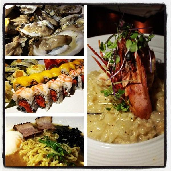Photo prise au HaChi Restaurant & Lounge par Fanny L. le2/14/2013