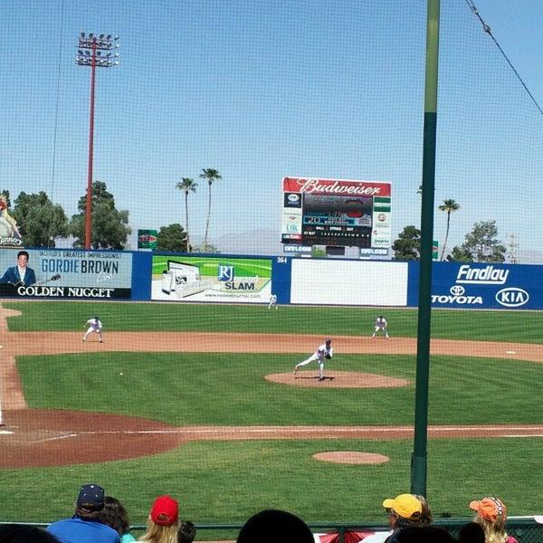 Photo prise au Cashman Field par EJ C. le4/14/2013