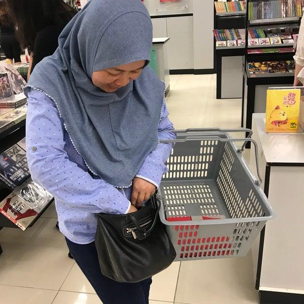 Photos At Popular Bookstore Lot 2 56 Second Floor Bintang Megamall