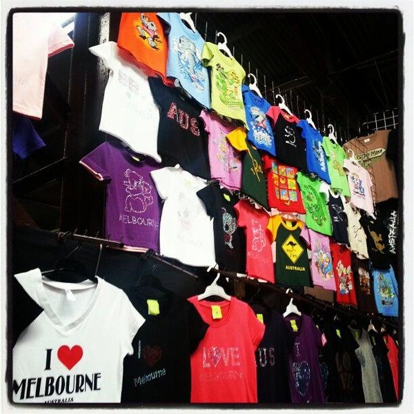 Foto diambil di Queen Victoria Market oleh Dwi T. pada 11/24/2012