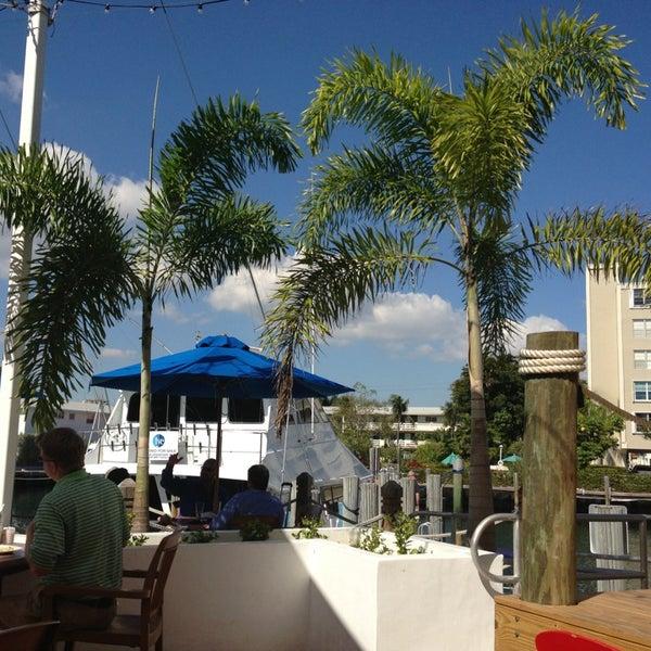 Photo prise au Bimini Boatyard Bar & Grill par Katja le1/24/2013