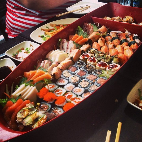 Foto tirada no(a) Kodai Sushi por Renan M. em 1/19/2014