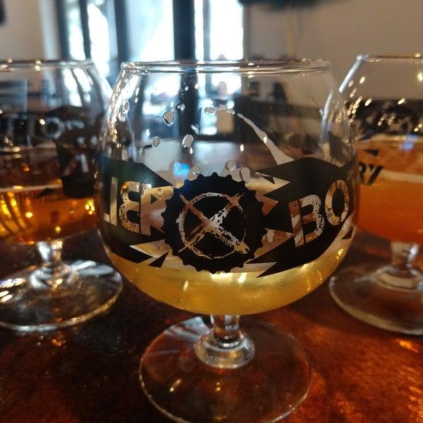 11/6/2020에 Alexander B.님이 Black Bottle Brewery에서 찍은 사진