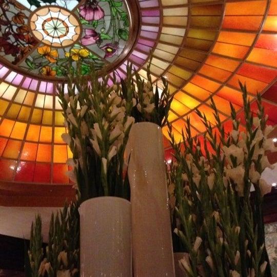 รูปภาพถ่ายที่ Hotel Vier Jahreszeiten Kempinski โดย Anastasia A. เมื่อ 10/20/2012