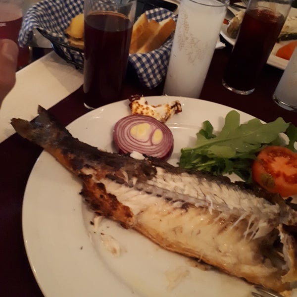 Foto tomada en King's Garden Restaurant por Serkan G. el 2/22/2019