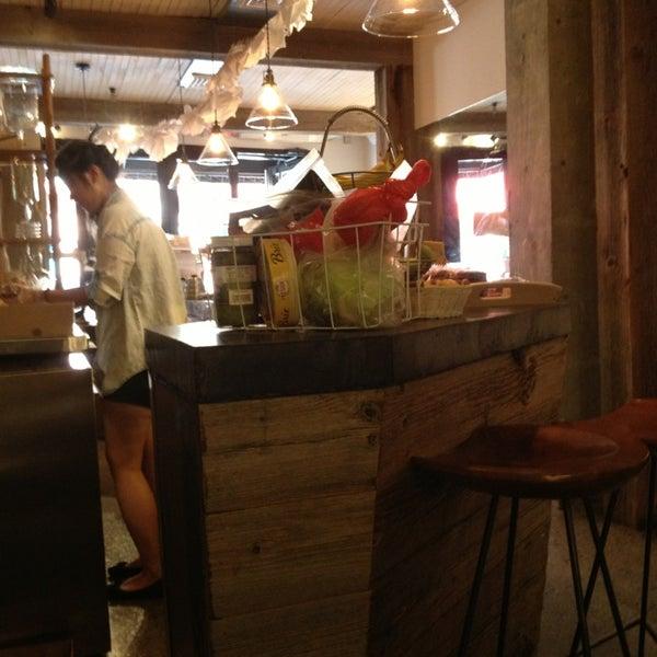 6/23/2013にIlie K.がNolita Mart & Espresso Barで撮った写真