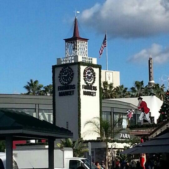 Das Foto wurde bei The Original Farmers Market von Ronaldo1ro am 12/26/2012 aufgenommen