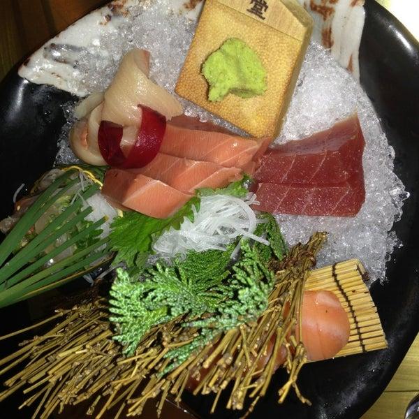 Photo prise au Sushi Zen par S W. le3/13/2014