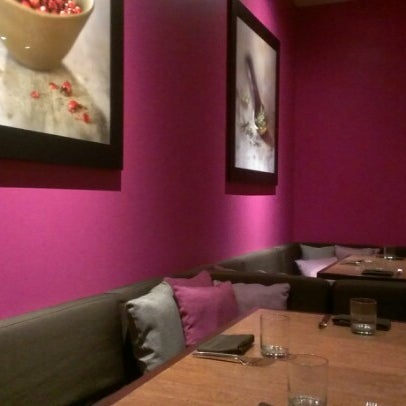 Foto scattata a Province Urban Kitchen & Bar da Michael C. il 11/10/2012