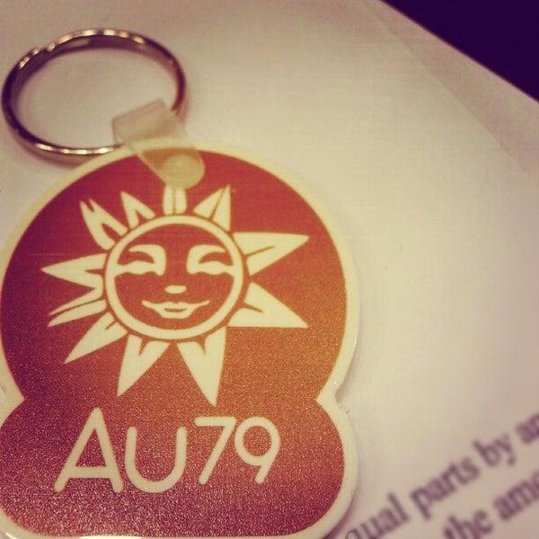 Foto scattata a AU 79 Tea House da Daniel H. il 10/18/2012