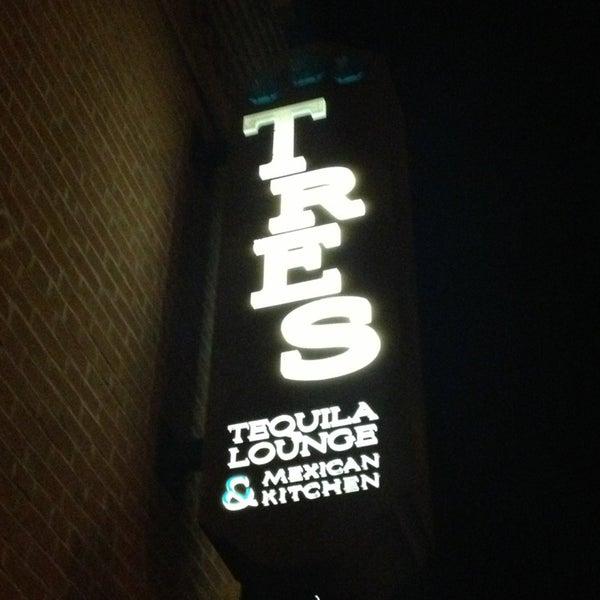Foto scattata a TRES da nagishi il 2/20/2013