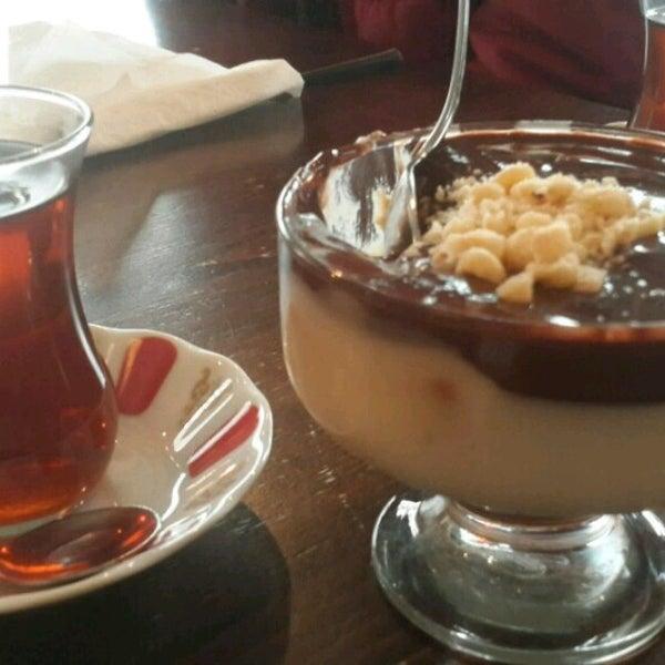 3/31/2017 tarihinde Merve Ç.ziyaretçi tarafından Tosbağa Cafe'de çekilen fotoğraf
