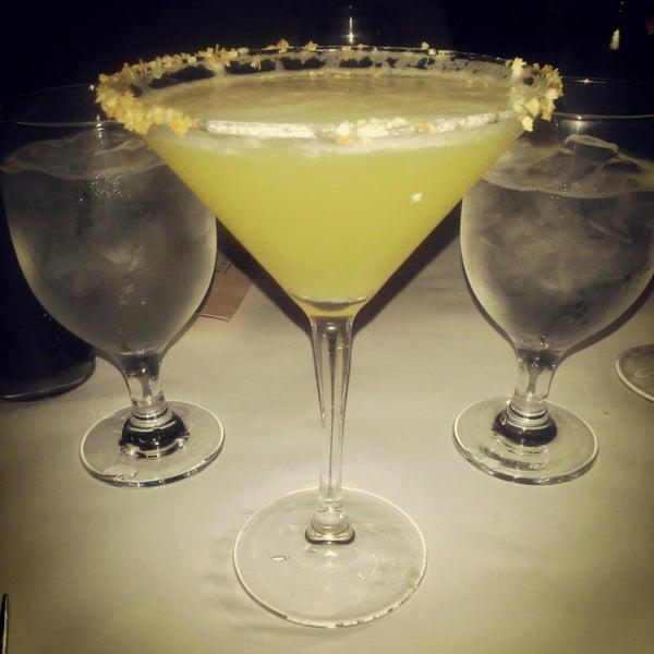 Photo prise au Honu Kitchen And Cocktails par Kenito le4/29/2013