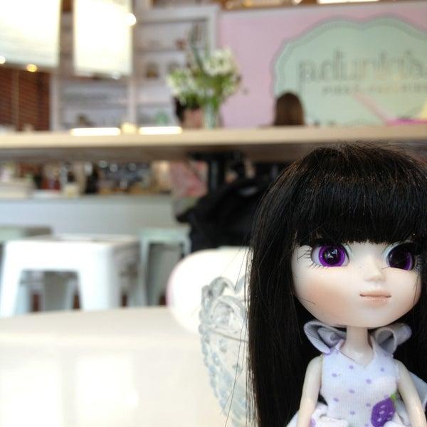 Foto tomada en Petunia's Pies & Pastries por Robin M. el 7/21/2013