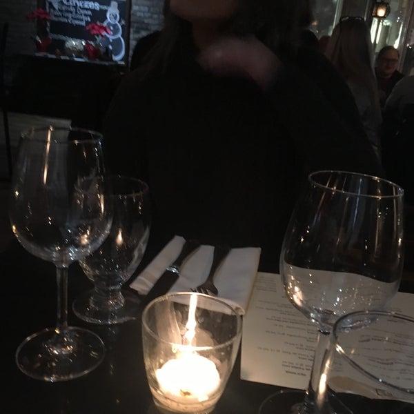 1/22/2017 tarihinde Daniel R.ziyaretçi tarafından Tio Pepe Restaurant'de çekilen fotoğraf