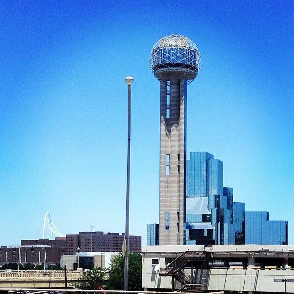 6/30/2013にAaron K.がReunion Towerで撮った写真