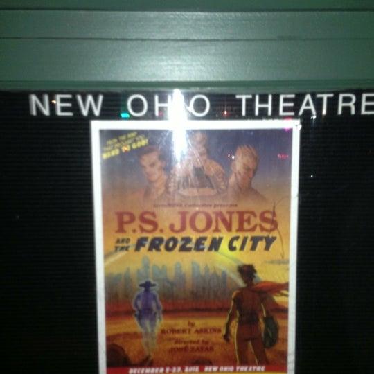 Das Foto wurde bei New Ohio Theatre von Christos T. am 12/6/2012 aufgenommen