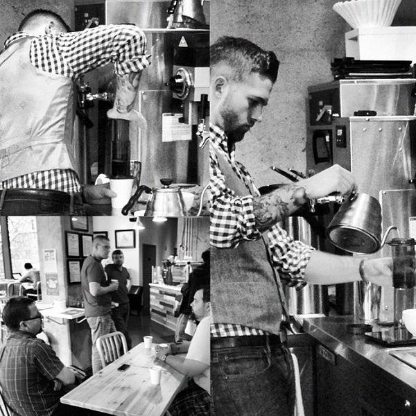 11/12/2012にMike G.がCondesa Coffeeで撮った写真