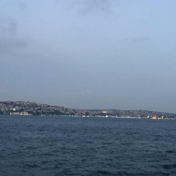 6/22/2016 tarihinde Duygu G.ziyaretçi tarafından Seyr-ü Sefa Teknesi | İstanbul Tekne Kiralama & Teknede Düğün'de çekilen fotoğraf