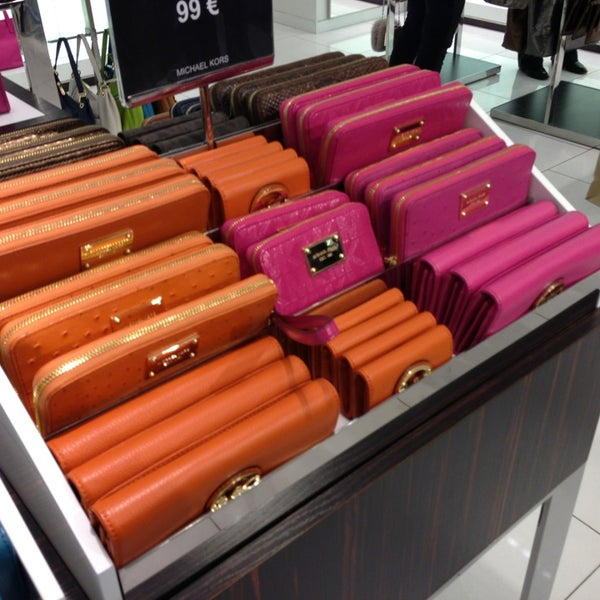 Michael Kors Outlet - Outlet Store
