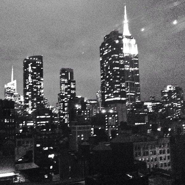 12/15/2013 tarihinde Austin W.ziyaretçi tarafından Hilton New York Fashion District'de çekilen fotoğraf