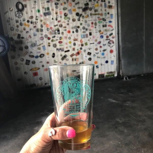 Das Foto wurde bei Southbound Brewing Company von Jill am 8/19/2017 aufgenommen
